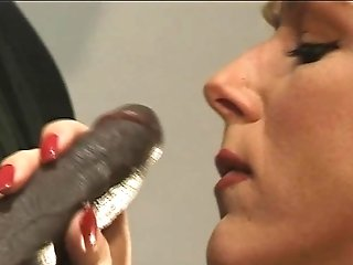 Interracial Buttfuck For Swapper Wifey