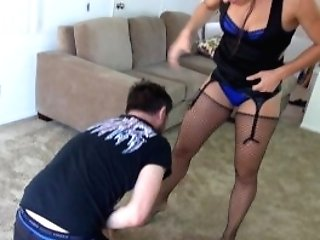 Skylar Rene Hammers A Man And Crushes His Sack Of Babymakers