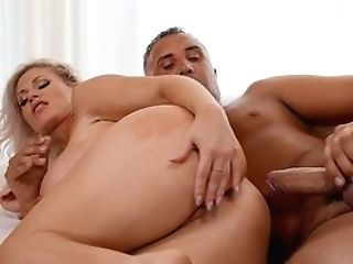 Big-titted Mummy Casca Akashova Loves Receiving Keiran Lee's...