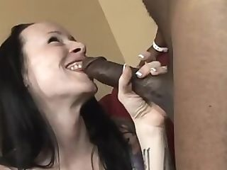 Natalie Norton Makes A Big Black Cock Vanish