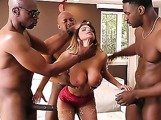 Indeed Wild Curvy Mummy Brooklyn Chase Works On Three Strong...