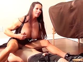 Muscled Bodybuilder Mummy Predominates Paramour - Homemade Kink And...