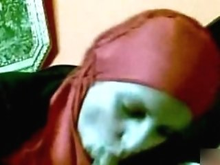 Muslim Woman Wearing Hijab Sucking And Jacking Meatpipe