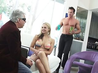 Tempting Whore Wifey Sarah Vandella Is Cheating On Her Unsighted Hubby