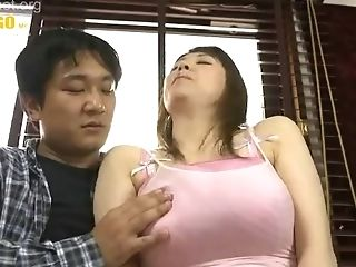 Massive Tits! 1 Liter Of Breast Milk