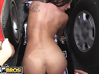 Bangbros - Rachel Starr Gets Exotic In Public With...