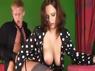 Sexy Mom Makes Him Jizz Two Times