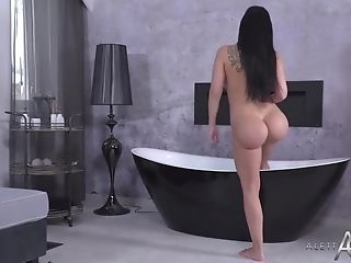 Astonishing Housewife With Big, Faux Tits, Aletta Ocean Likes To...