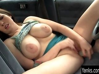 Big-chested Amber Fucktoy Her Cunny In The Car