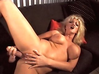 Blonde Matures Shows Her Seasoned Twat And Packs It With Big Fuck...