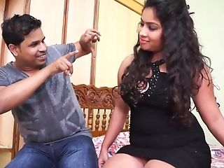 Chubby Desi Gal Black Hooter-sling Clean-shaved Underarm Snuffling