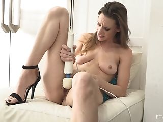 Lonely Cougar Alora Uses A Vibro To Reach An Orgasm