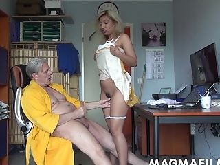 Magmafilm - Mom For Sugar Mentor  - Big Backside