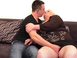 Leona Is A True Gilf Who Never Holds Back From Fucking Junior Guys...