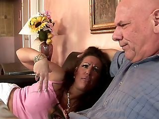 Greedy MUMMY with meaty tits rails dude's thick knob on the sofa