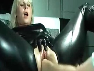 Check My Cougar Wifey Fisted Truly Hard And Loves It