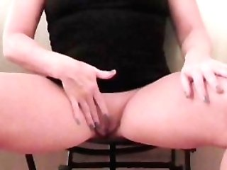 Squirting Cougar Ginormous Donk Big Booty Phat Booty