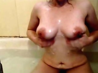 Cougars Thick Natural Soapy Tit Have Fun In The Bath