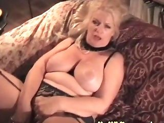 My Cougar Exposed Granny In Stocking Playing With High High-heeled...