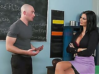 Giant Jugged Black-haired Jasmine Jae Loves Being Fucked Missionary...