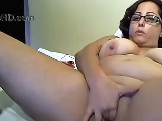 Horny Chubby Mom With Sexy Glasses