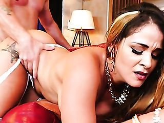 Well-packed Cougar With Some Meat On Her Bones Gives Stud A Hot...