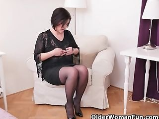 Euro Mummy Nicol Does A Slow Striptease And Plays