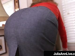Big-boobed Cougar Julia Ann Fake Penis Fucks Her Moist Cunny!