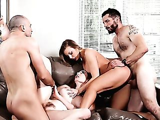 Zealous Britney Amber Exchanges Her Bf To Rail Another Strong Trunk...
