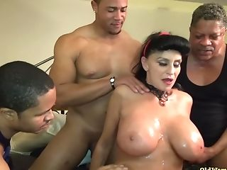Old Matures Granny Goes Black-potty: Interracial Group Sex With...