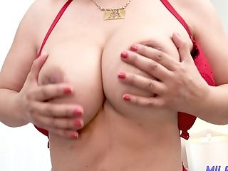 Got Eventually Naked Buxom Cougar Nicky Ferrari Switches Attention...