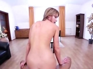Holivr _ Gorgeous Cougar Assistant Fuck Her Chief In The Office