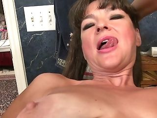 Experienced Woman Belinda Brush Attempts To Satiate Her Thirsty...