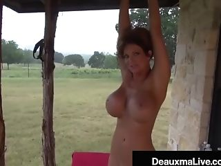 Naked Mommy Deauxma Gets Fit On The Front Porch!