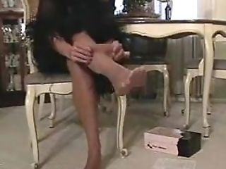 Michelle In Sunburn Stockings With Electro-hitachi And Penis