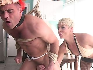 Towheaded Hair Lady Mom Poolgirl Had Intercourse By Partyboy