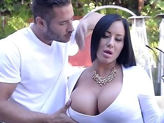 Nasty And Rich Sybil Stallone Wants Marvelous Man