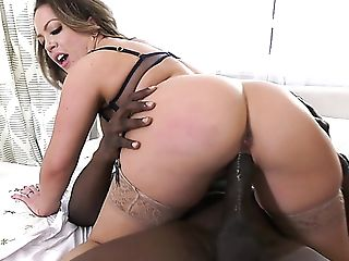 Deep-throating Lengthy Big Black Cock Is Not Joy For Carmen...