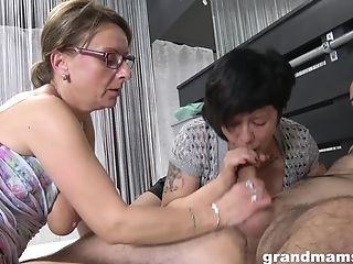 Grandmas 3some Orgy - Hot Matures Pornography