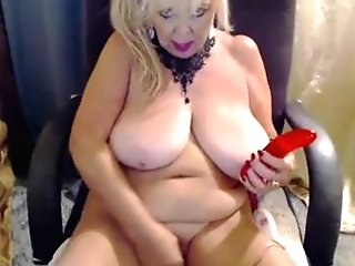 Matures Mummy With Real Big Mammories