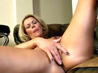 Sexy Matures Cougar In Dissolute Sundress