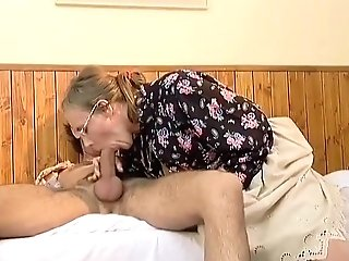 Hairy Mom Needs Deep Anal Invasion