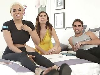 Melissa Moore And Some Pornography Models Are Ready To Tell Some...