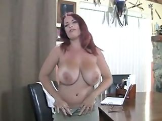 This Lustful Brit Lady Loves To Get Naked And She Looks Good Naked