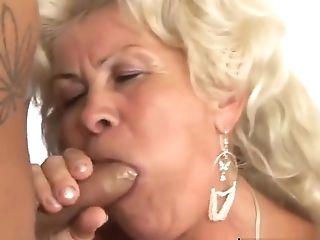Granny Knows Her Way Around A Schlong