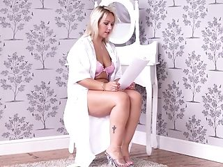 Chubby Blonde Mummy Ashley Rider Is Reading Erotic Stories In Sexy...