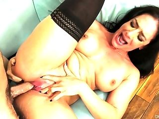 Superstar Sheena Ryder In Stockings Gets Her Vagina Wrecked