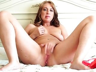 Always Horny Marta Has Joy With Her Cunt In The Sofa And Cums Hard