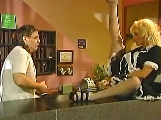Beautiful And Horny Mummy Housemaid In The Motel Room Entices Two...