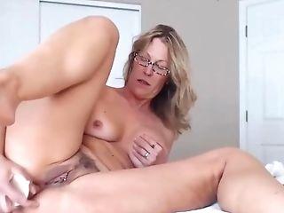 Awesome Mummy With Pierced Vulva Fucks Caboose